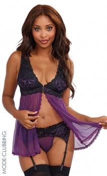Babydoll violette à dentelle noire, string et porte-jarretelles